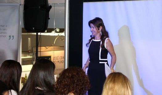 Olivia Lobell Como Atrair Mais Clientes Para Seu Negocio de Coaching